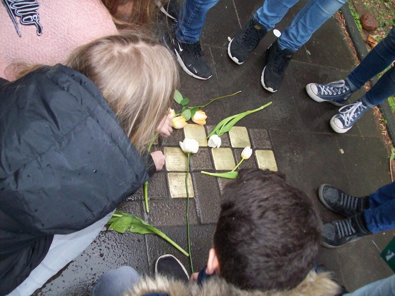 Stolpersteinverlegung Köln Sussmann 01